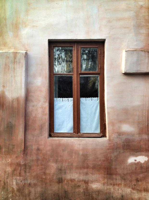 Alex-Gurdila_Porti-ferestre-usi-din-Chisinau-01