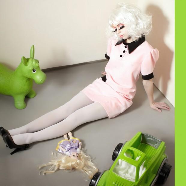 vi-prada-dolls-01