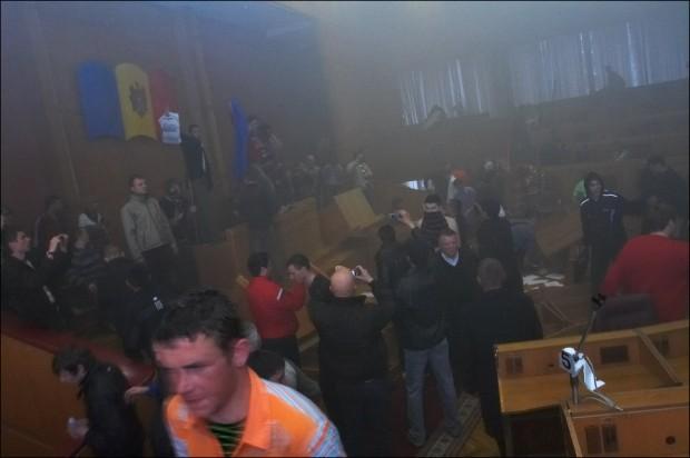 Benia-7-aprelia-2009-Chisinau-revolution-10