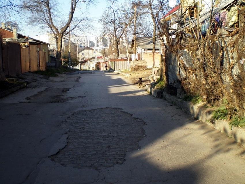 улица Дончева (П. Морозова) - фото Коракса