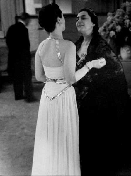 Duchess of Windsor (C) talking with Marthe Lahovary (Princess Bibesco) during a ball given at the US Embassy. Location:Paris, France Date taken: February 1939 Photographer:Kitrosser LIFE