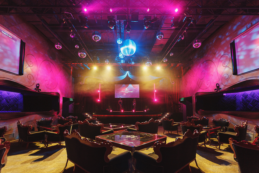 karaoke-hall-atrium-14
