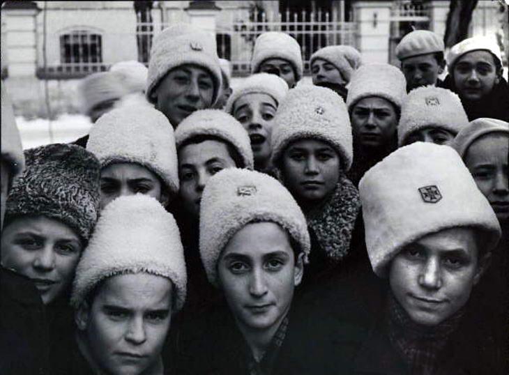 Ученики лицея для мальчиков. 1940 г.