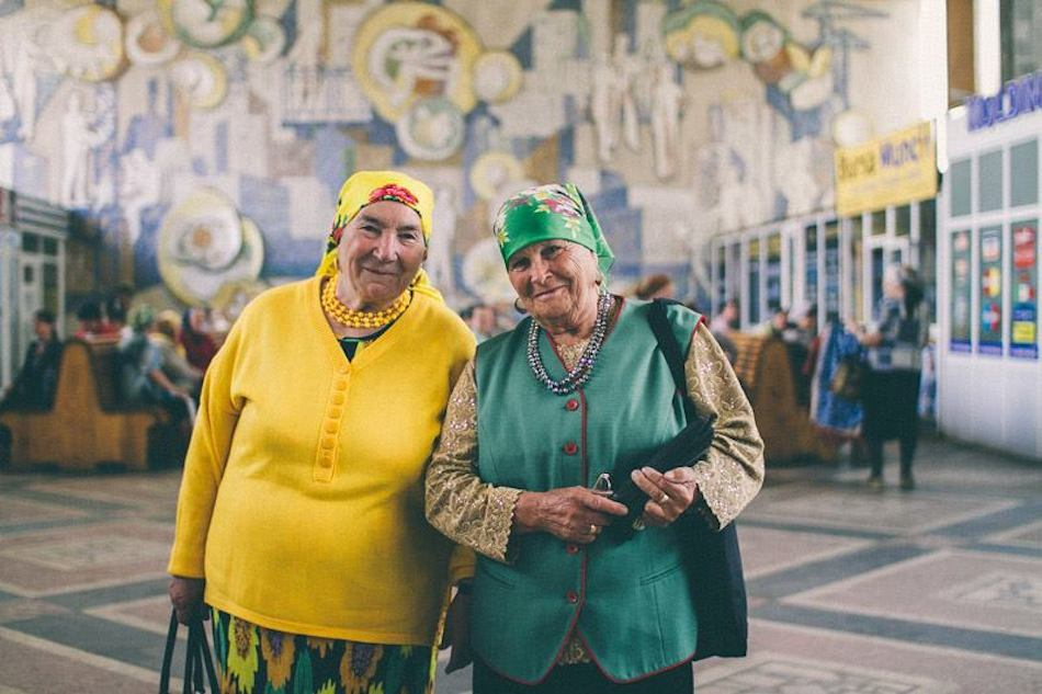 Cute and stylish Iehova witnesses from Moldova — in Chisinau.