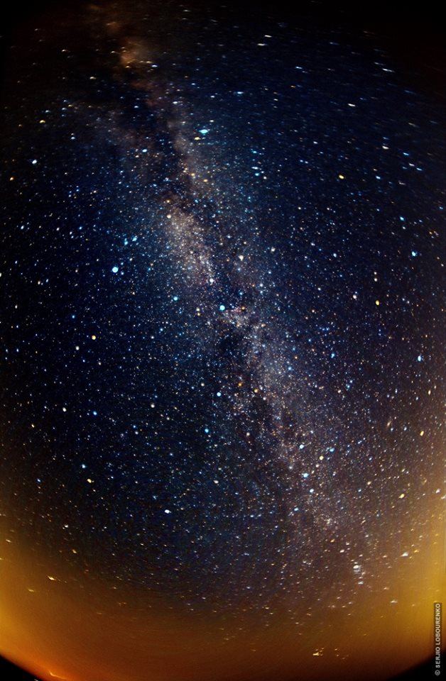 (c) Serjio Lobourenco. Небо над Молдовой. Млечный путь.
