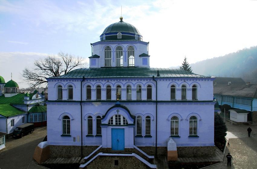 Летняя церковь монастыря Жапка