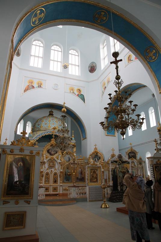 Внутреннее убранство летней церкви