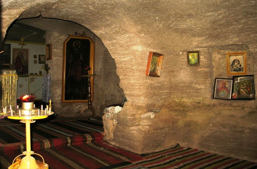 Скальная церковь внутри