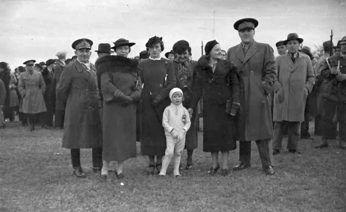 На авиа-шоу. 10 сентября 1936 года.
