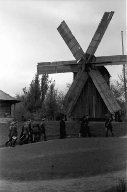 vystavka_osvobojdenia_kishinev_1942_011
