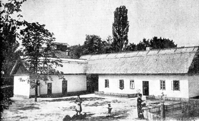 Один из крестьянских домов