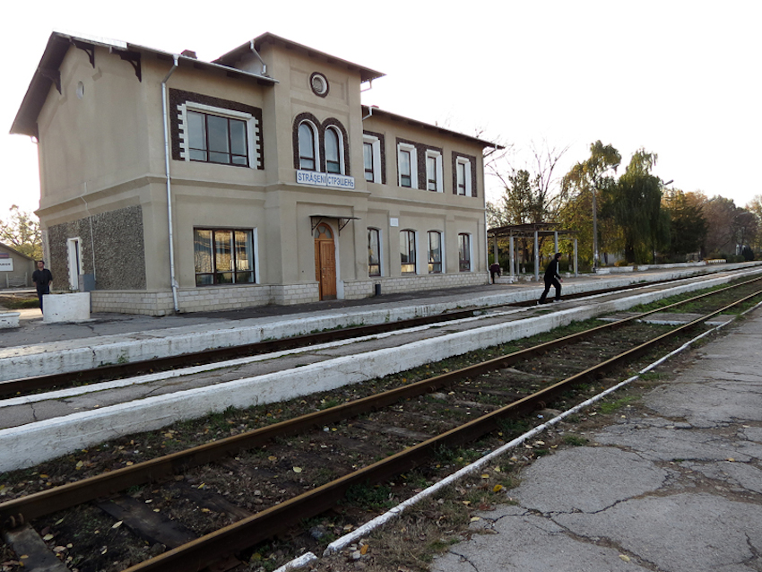 rail-way-stations-Moldova-8