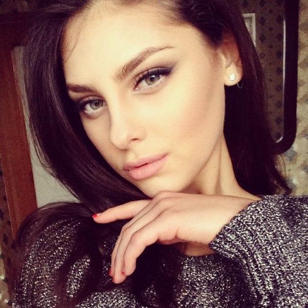 alexandra-caruntu-miss-moldova-2014-02