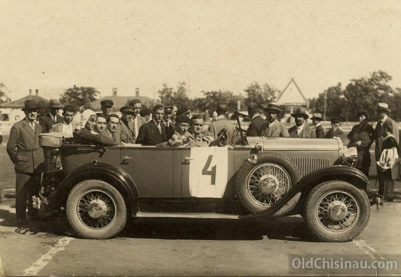 Автопробег Кишинёв - Бельцы - Кишинёв, 21-22 сентября 1929 года. Водитель - Краузе. Автомобиль - Dodge.