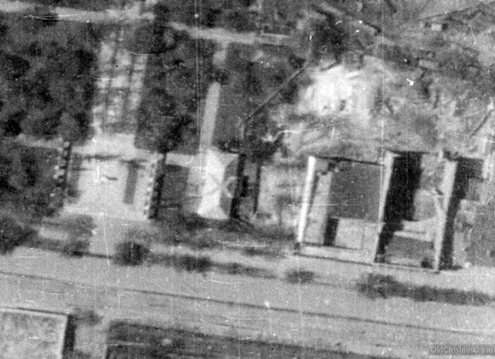 oldchisinau_В правой стороне кадра - недостроенный кинтеатр.