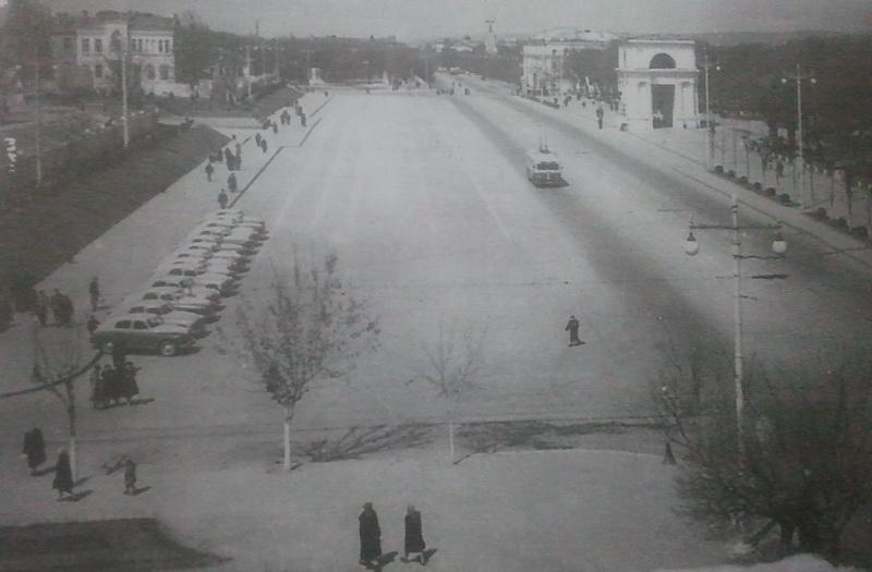 Площадь Победы, 1954 год.