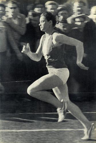 Мастер спорта Валентина Масловская
