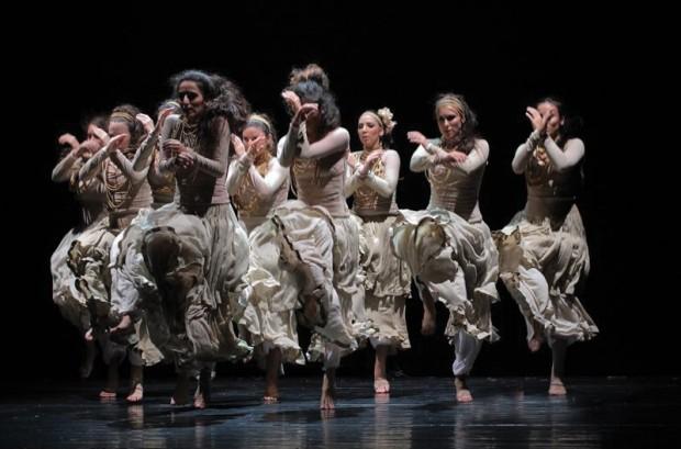 """Spectacolul de dans """"Rabia"""" de Compania Orly Portal din Israel pe scena moldovenească."""