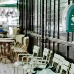 Есть вопрос: как подбирают официантов в столичные кафе