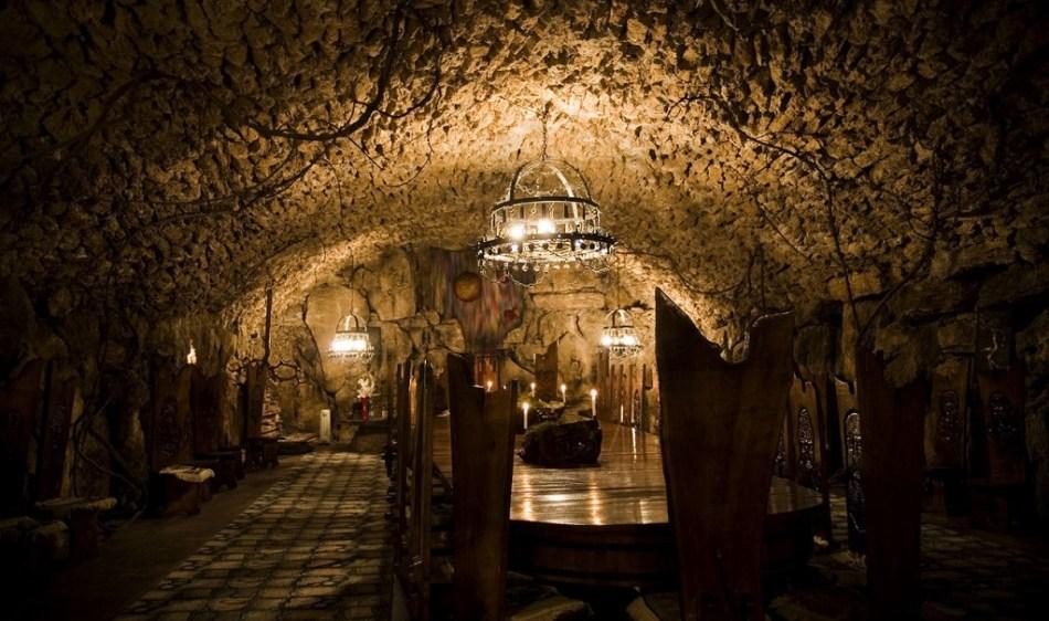 cojusna-winery-fabrica-vin-cojusna-1024x682