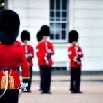 Видео: Королевская гвардия играет тему из «Игры престолов»