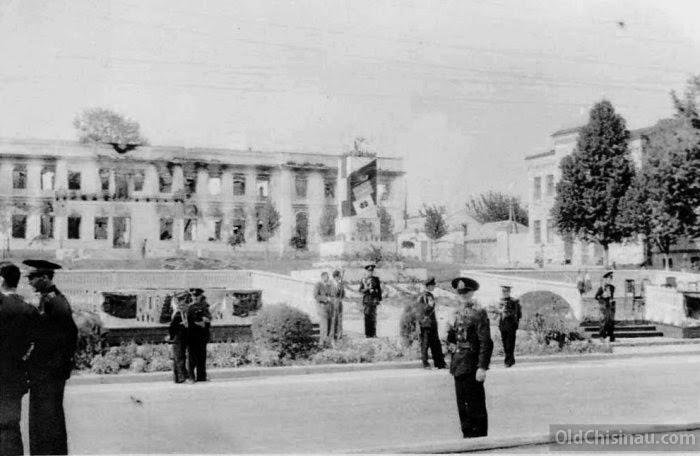Митрополия в 1941 году.
