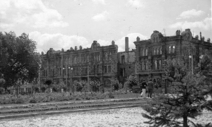 Серафимовский дом, 1942 год.