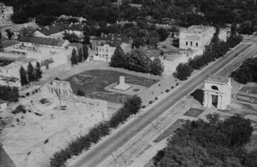 1947 год. Снос зданий Митрополии.