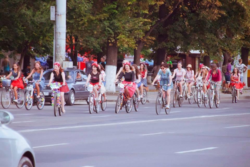 fete-pe-biciclete-03