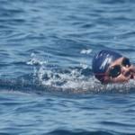 Пловец из Молдовы в эти минуты пересекает пролив Ла-Манш