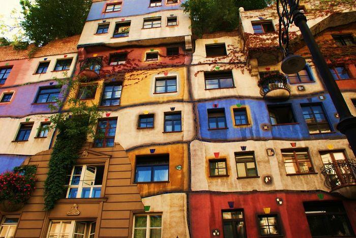 06-buildings