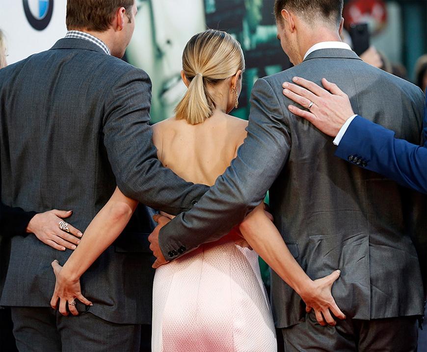 Актеры Райан Хансен, Кристен Белл и Джейсон Доринг на премьере фильма «Вероника Марс», Голливуд (США), 12 марта 2014 года. Фото: Mario Anzuoni / Reuters