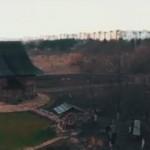 Новое видео: Ворота города и старинная церковь с высоты птичьего полета