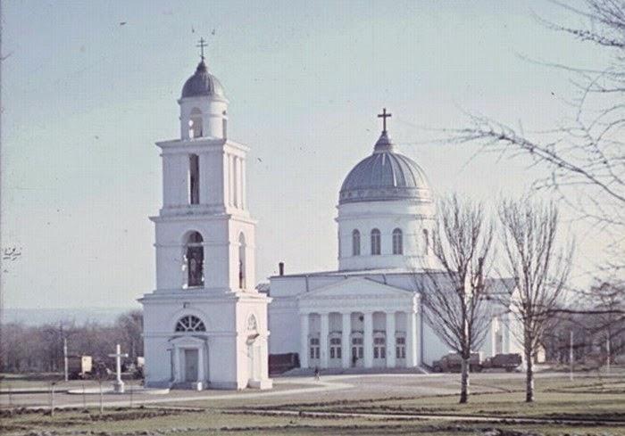 Восстановленный Кафедральный собор. Фотография 1943 года.
