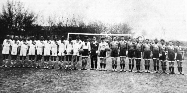 """Кишинёвский """"Михай Витязул"""" и """"Михай Витязул"""" из Тигины, 1926 год."""