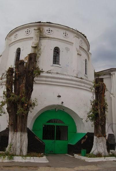 Остатки главной башни в наше время. Фотография Claude Cahn.