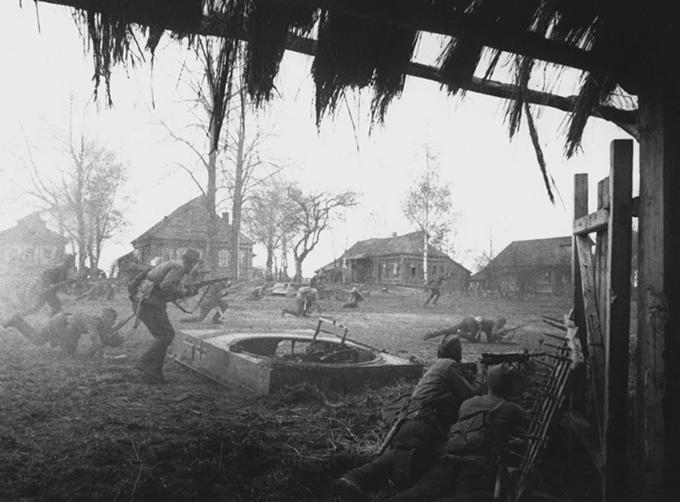 Бой за деревню, 1941