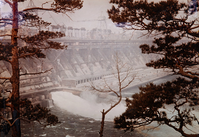 Плотина Братской ГЭС. 1955