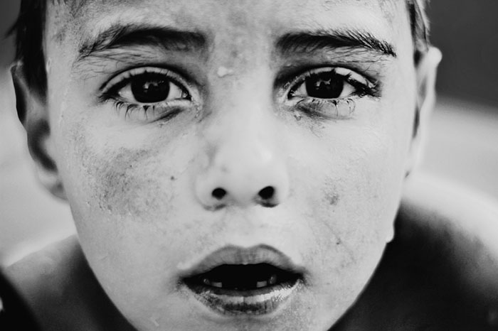 black-and-white-photography-childhood-joy-felicia-simon-3