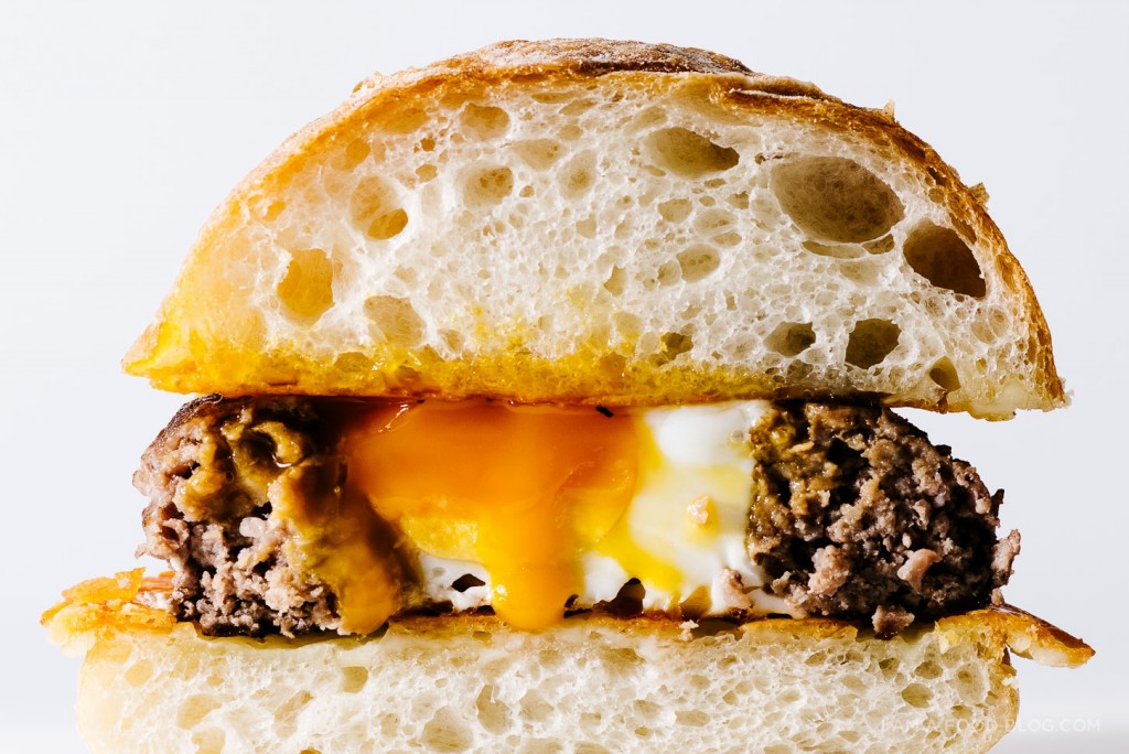 egg-in-a-hole-burger-recipe-7