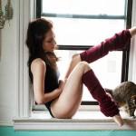 Фотография: проект нью-йоркского фотографа «Девушки и их кошки»