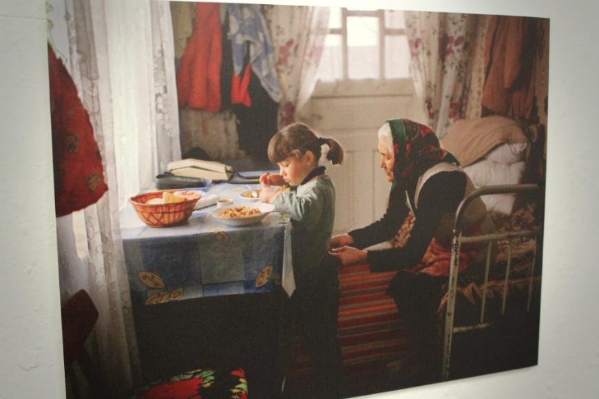 Țară fără părinți expo Zpațiu de Andrea Diefenbach (12)