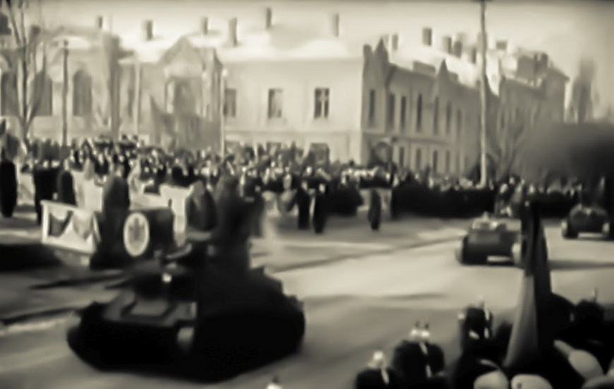 01-war-carol1940