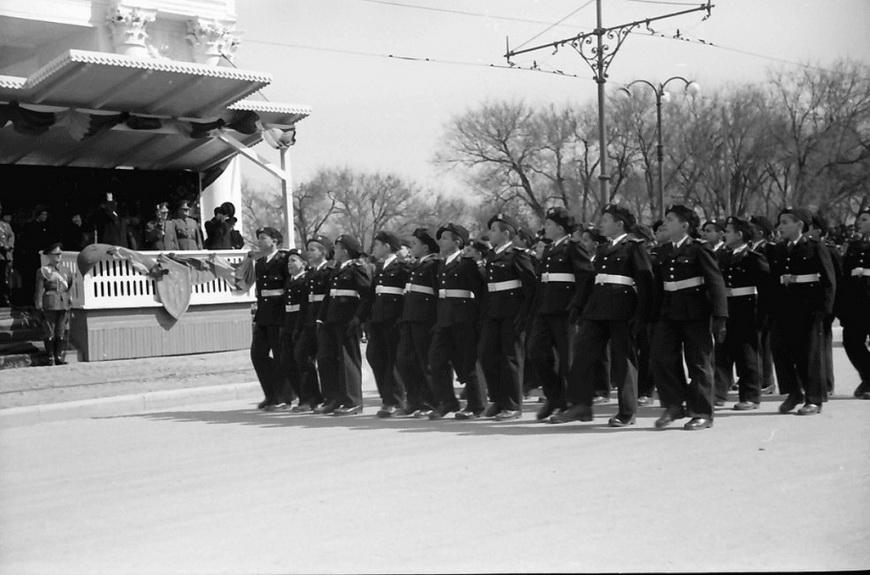 12-war-carol1940