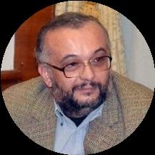 Михай Мачь, профессор университета Орадя