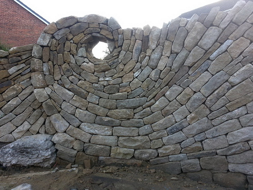 02-stone-sculptures-mosaic-johny-clasper