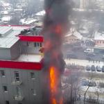 На Измайловской загорелся коммерческий центр