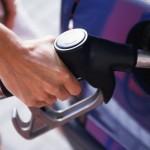 Премьер-министр Павел Филип дал указание отрегулировать цены на бензин