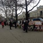 Фото дня: Уличная торговля мэрцишорами