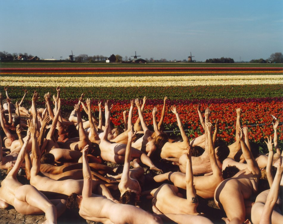 Spencer-Tunick-Netherlands-4-Dream-Amsterdam-Foundation-2007_950x752